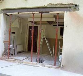 Mise en place par MENUISAL d'une extension vitrée pour une cuisine près de Lille