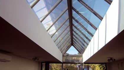 Installation par MENUISAL d'un Puits de lumière en aluminium près de Lille