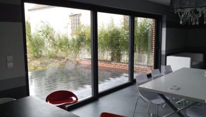 Menuiserie aluminium à Cysoing prés de Lille  réalisé par Menuisal